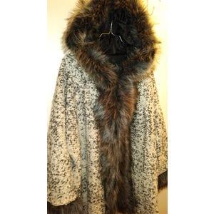 Abrigo tipo capa Gris Jaspeado L y XL
