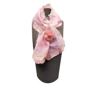 pañuelo cruzado rosado